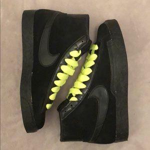 Size 6.5 Nike Blazer Mid